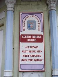 Albert Bridge warning notice