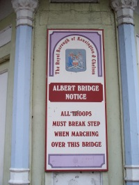 Albert Bridge warning notice